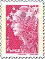 Voici l'ancien visuel du timbre rouge prioritaire. Vous l'a trouvez souriante la Marianne qui avait été choisie par Nicolas Sarkozy ?